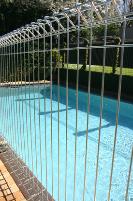 Pool Fencing Cyclone